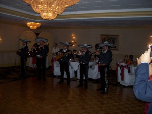 zespół muzyczny w domu weselnym